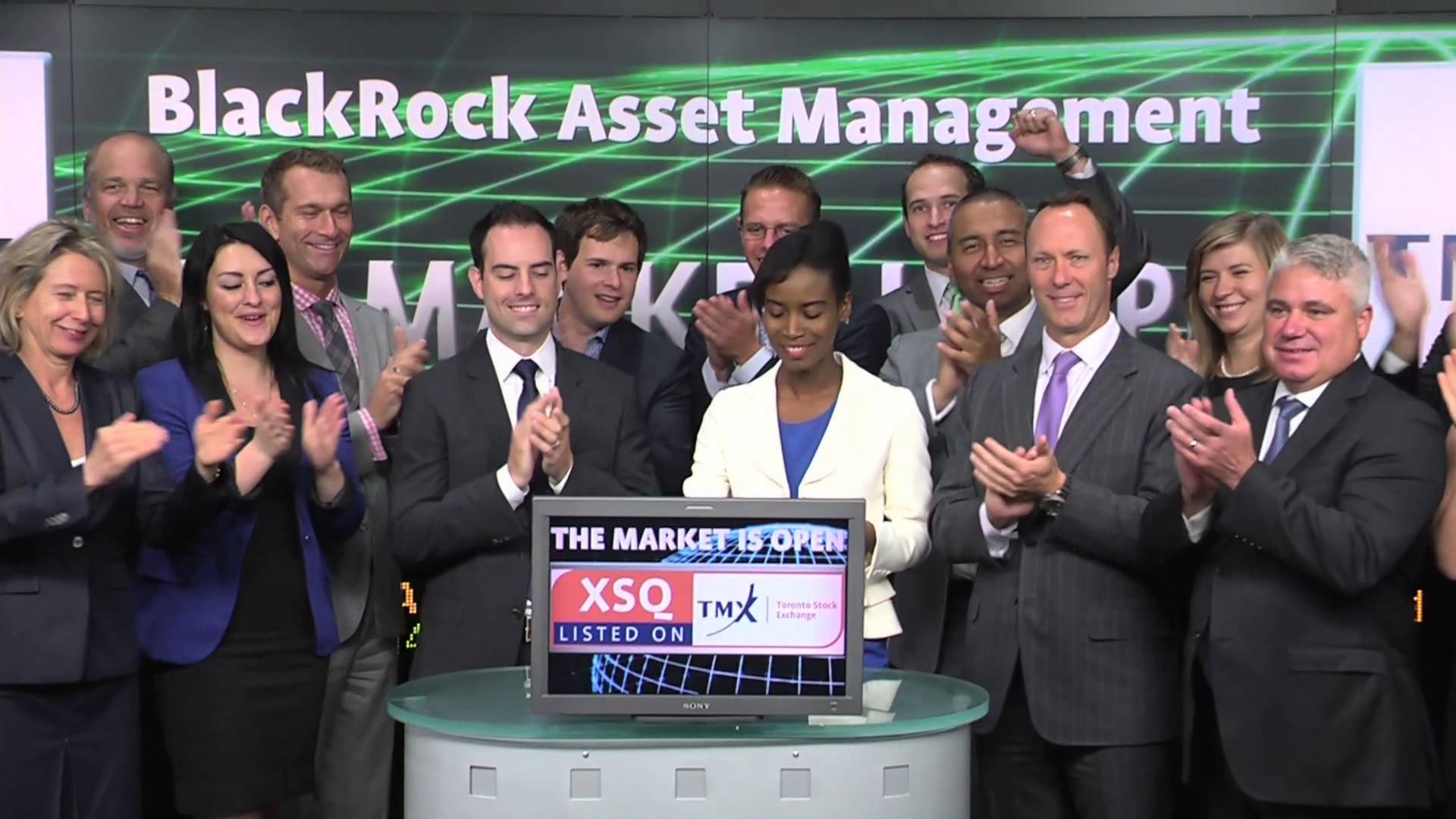 iShares Canada (XSQ:TSX) opens Toronto Stock Exchange, July 28, 2014.