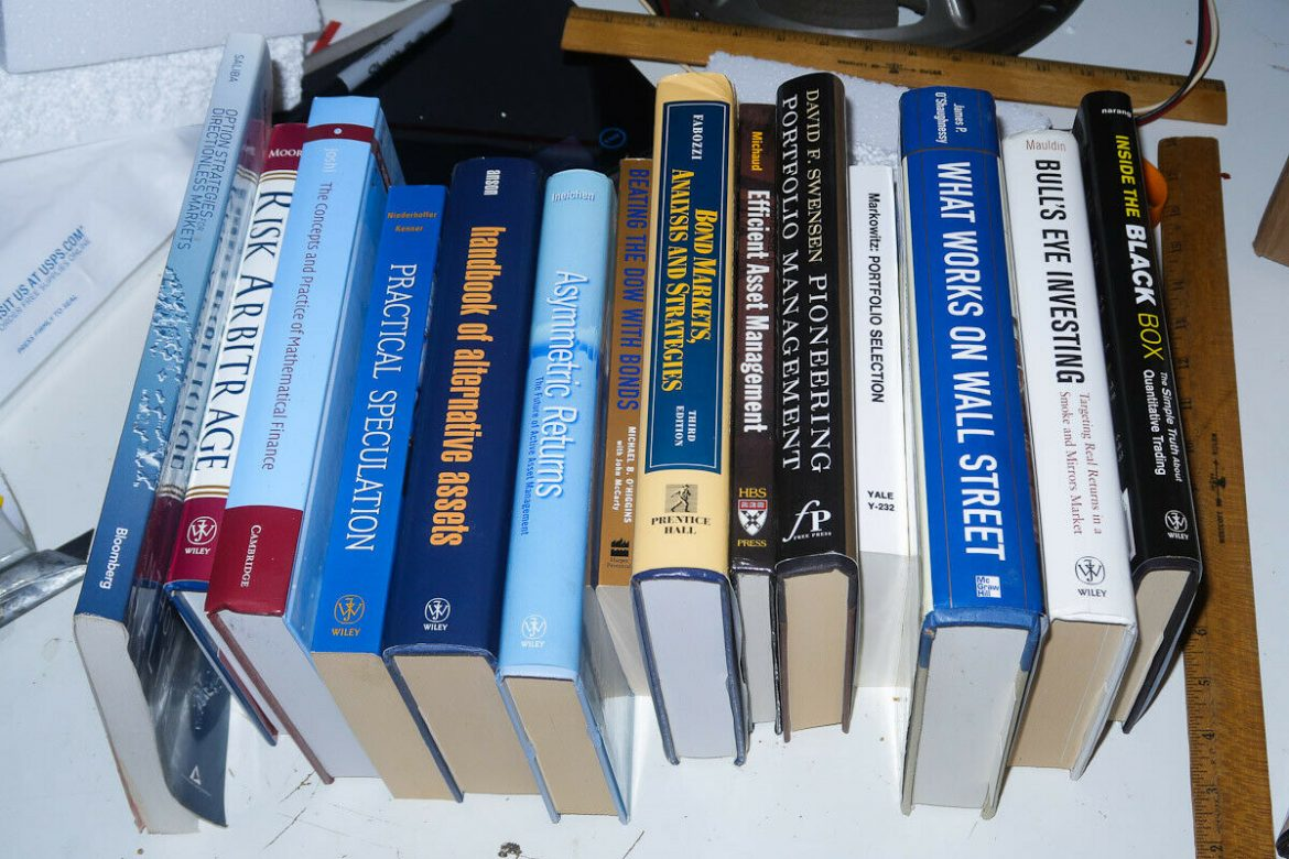 14 Books about Investing, Stocks, Options, Arbitrage, Trading, Finance, etc. 124